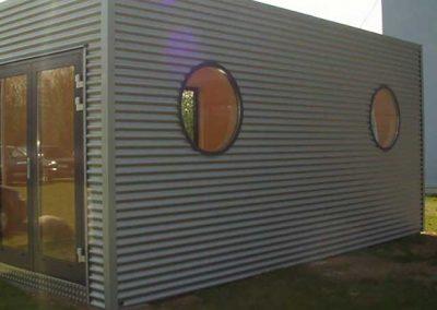 Container mit Fenster