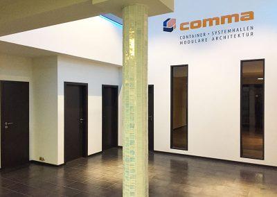 comma-container32