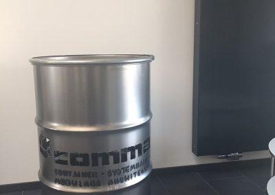 comma-container4