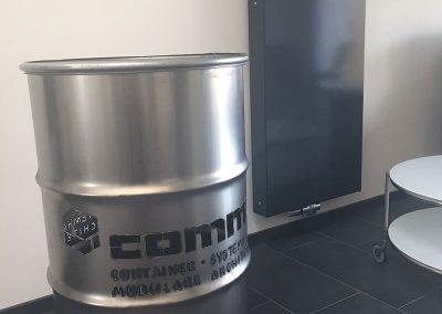 comma-container5