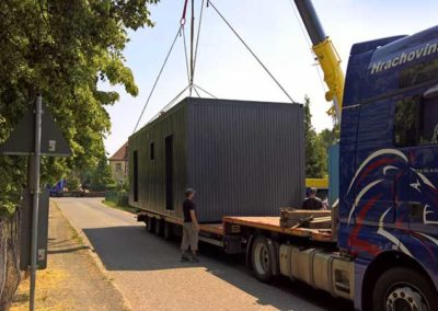 container-anlieferung-3